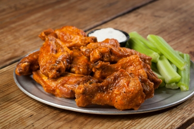 The Ten Piece Wings from Pluckers. Photo Credit: Melissa Skorpil for Pluckers
